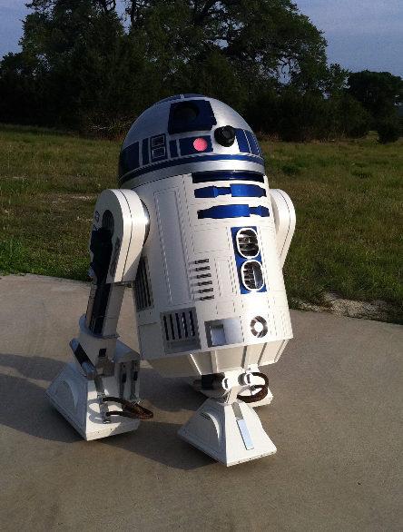 R2-OUtdoor-e1486582038252